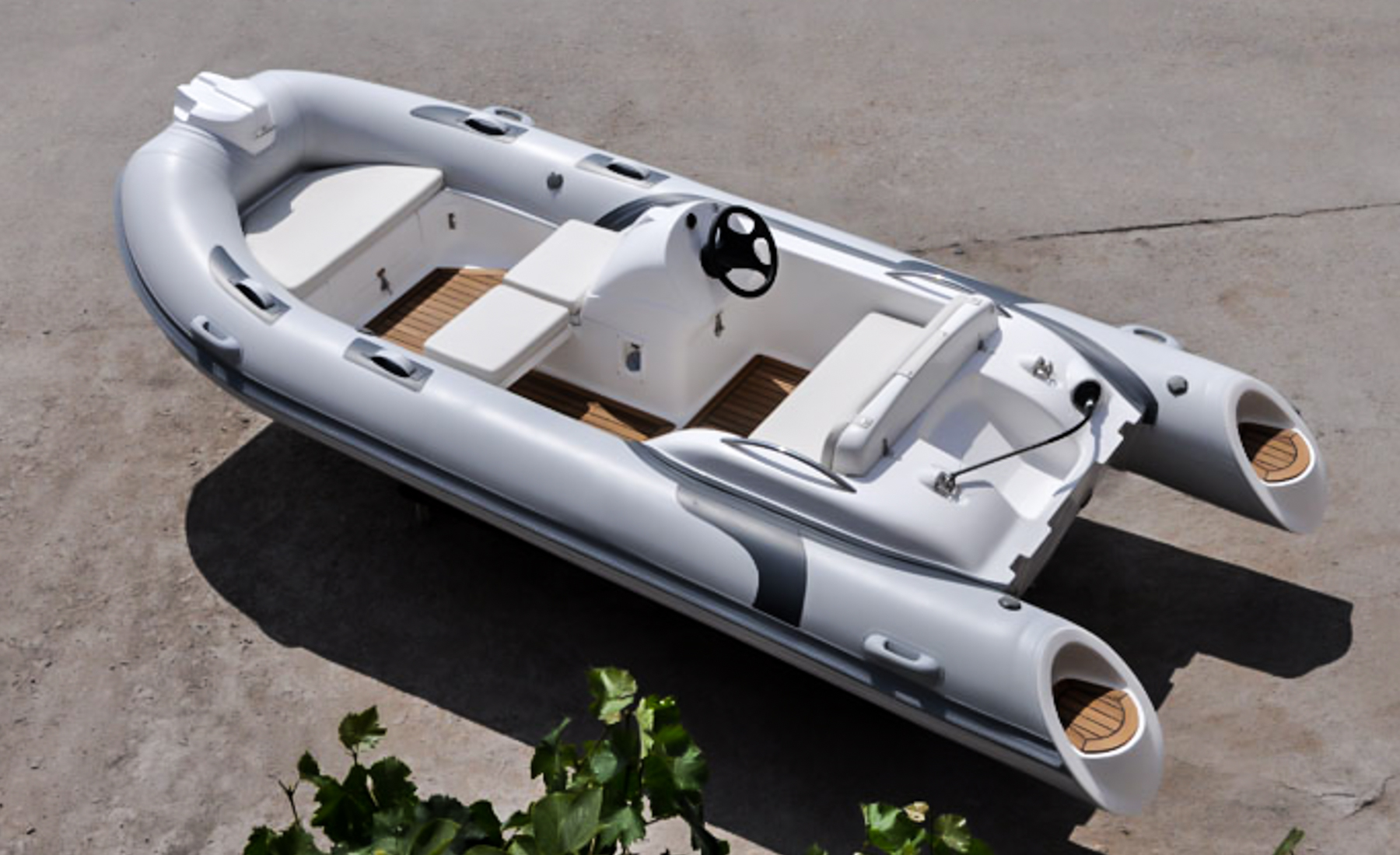 2018 Hlx Rib 14 Black Point Marine